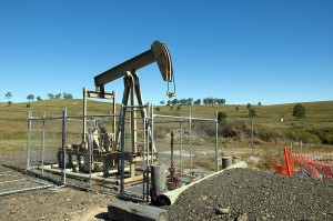 Australian Industry Group warns about government clamp down on coal seam gas