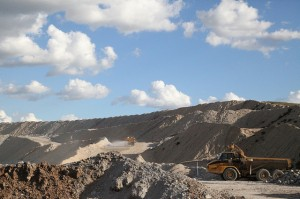 BHP Billiton integrates coal business; looks to sell some coal assets to drive down costs