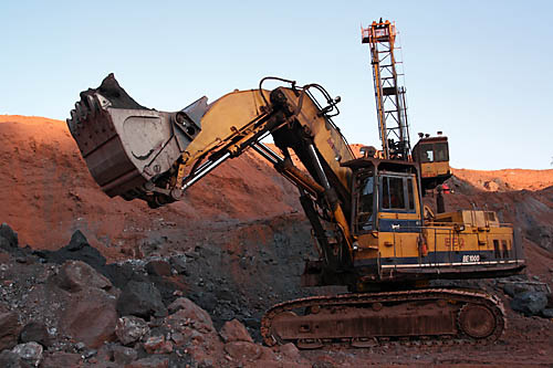"Report shows mining industry no longer capable of ""bailing out"" Australia's economy"