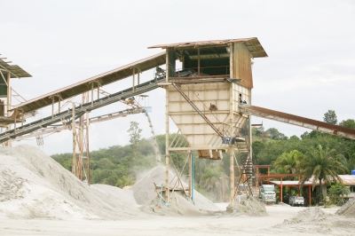 Union report finds Australians shortchanged by mining boom