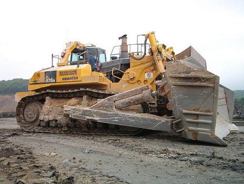 Komatsu and GE Transportation to develop next-generation mining equipment