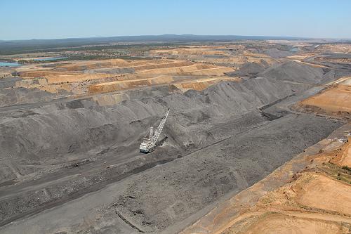 BHP Billiton cuts jobs at Saraji mine