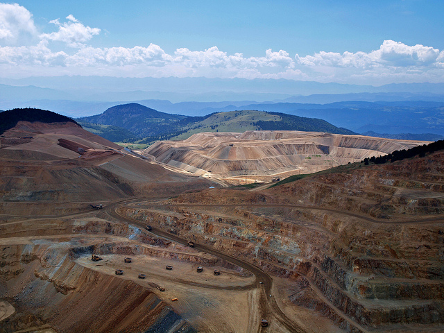 Gold mine Image credit: flickr User: Ethan Beute