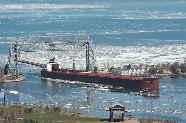 Fortescue invests in four ships to ease the impact from declining iron ore prices