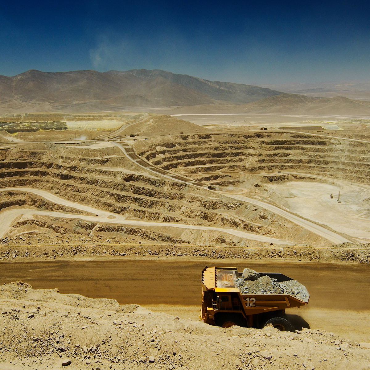 Glencore inks $900m streaming deal with Silver Wheaton