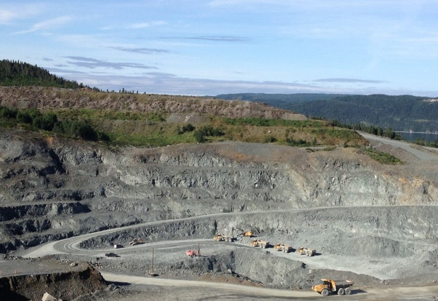 Anaconda Mining sells 3,300 ounces of gold from Point Rousse project in Q3 FY2016